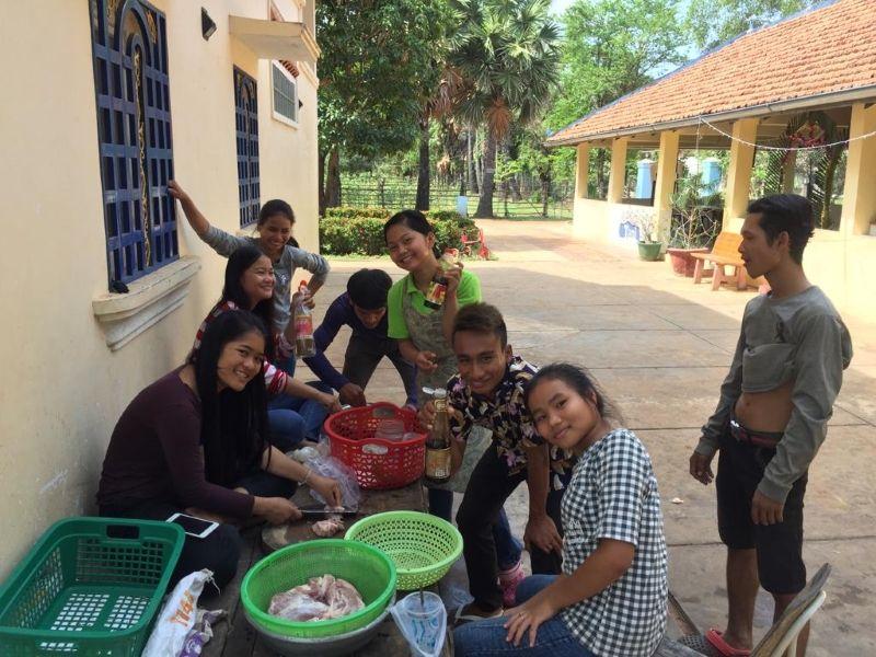 Suasdei Chnam Thmey